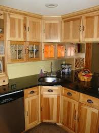 Kitchen Cabinet Door Design Ideas by Cabinet Door Ideas That Focus On Cabinet Wood And Hardware Style