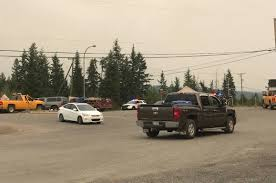 Wildfire Quesnel by Weary Travellers Pass Through Quesnel Out Of Fire Zone Williams