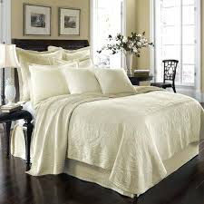 bedspreads comforters and quilts boltonphoenixtheatre