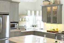 Best Paint For Laminate Kitchen Cabinets Painting Laminate Kitchen Cabinets With Wood Trim Spray Paint