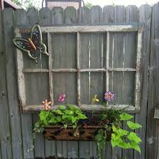 25 ideas for decorating your garden fence diy privacy fences