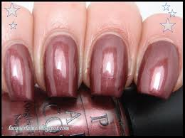 nails queen beautify themselves with sweet nails