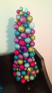 diy sparkly ornament tree