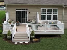 vinyl deck with azek building products brownstone flooring and
