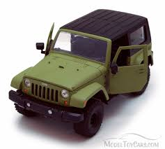 jeep toy 2007 jeep wrangler hard top green jada toys 96956 1 24 scale