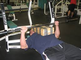 Proper Bench Form Demolish Your Bench Plateau T Nation