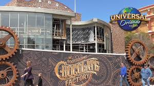 universal city walk halloween toothsome chocolate factory construction update concept art