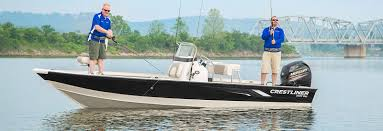 our 22 u0027 aluminum center console boat 2200 bay