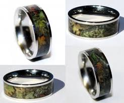 camouflage wedding rings camo titanium ring dudeiwantthat