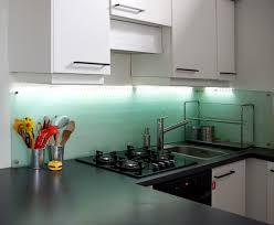 credence en verre cuisine pose d une credence cuisine plan de travail tole inox homewreckr co