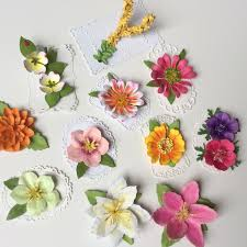 Handmade Flowers Paper - 34 best paper flowers images on pinterest paper flowers die