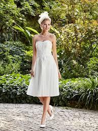 robe de mari e annecy les 25 meilleures idées de la catégorie magasin robe de mariée sur
