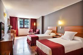 hotel andorre avec dans la chambre chambres hôtel acta arthotel andorra