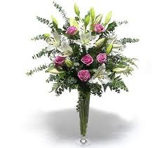 Long Stem Roses Pink Long Stemmed Roses And White Oriental Lilies Bouquet í Húsi