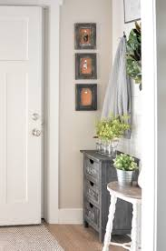 how to decorate a foyer in a home 25 real life mudroom and entryway decorating ideas by bloggers