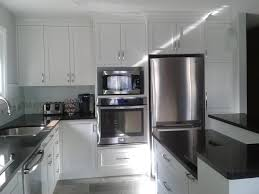 two tone kitchen cabinets doors two tone wood kitchen cabinets