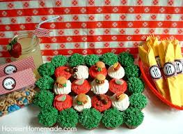 Picnic Decorations Picnic Cupcakes With Free Picnic Printables Hoosier Homemade