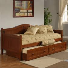 cheap daybeds with trundle best 25 cheap daybeds ideas on