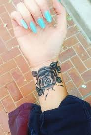 collection of 25 flower on wrist of