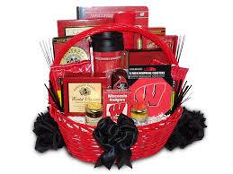 wisconsin gift baskets wisconsin badgers gift basket badgers gift baskets wisconsin