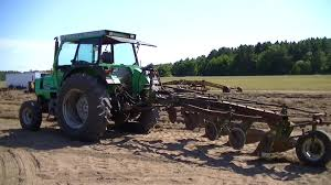john deere plow repair and deutz allis 7085 plowing youtube