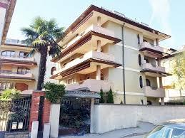 appartamenti in vendita varese centro centro in vendita appartamento quadrilocale con terrazzi