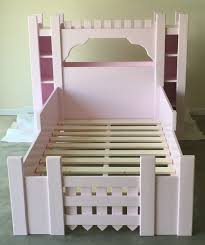 Woodworking Plans For Twin Storage Bed by Best 25 Castle Bed Ideas On Pinterest Princess Beds Princess