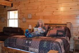 country charm log cabins bismarck arkansas attractions