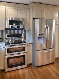 kitchens with stainless appliances kitchen with stainless steel appliances and oak cabinets stainless