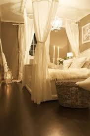Javan Bed Canopy Kristie Sullivan Kristieasulliva On Pinterest