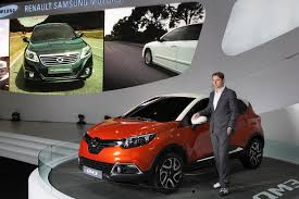 samsung renault renault puts samsung badges on the captur and calls it the qm3