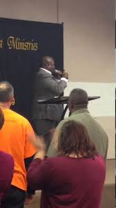 bishop bryant martin preaching thanksgiving service