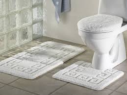 White Bathroom Rug Bathroom Rug Sets For Comfortable Bathroom Theme Atlart