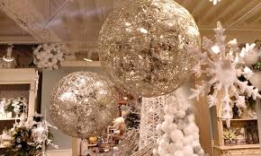 Huge Commercial Christmas Decorations by Unbelievable Commercial Christmas Decoration Lovely Christmas