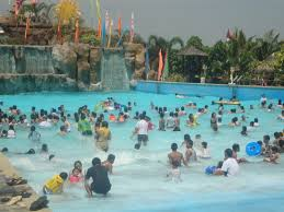 william poole designs supermommyjane amana waterpark the wave pool loversiq