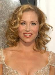 christina applegate hairstyles christina applegate medium wavy casual hairstyle dark blonde
