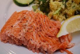 cuisiner un saumon fil et fouet saumon aux épices à steaks