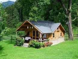 building a small house how to live in a small house with a family uncluttered simplicity