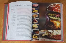 tour de cuisine comfort food le livre de cuisine qui vous fera faire le tour du