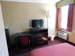 Hotels Near Six Flags Great Adventure Mounts Motel Lawrenceville Nj Booking Com