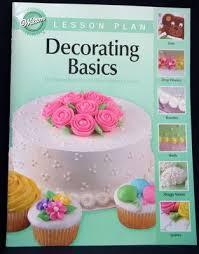 Free Wilton Cake Decorating Books 60 Best Books Libros Images On Pinterest Books Decorating