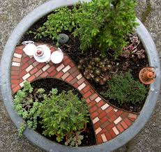 Flower Pot Arrangements For The Patio 30 Diy Ideas How To Make Fairy Garden Architecture U0026 Design