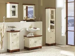 Weie Badmbel Hausdekorationen Und Modernen Möbeln Ehrfürchtiges Badezimmer