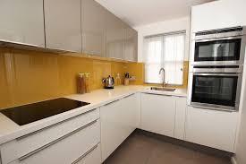 kitchen l high gloss l shaped kitchen steig mir auf s dach pinterest