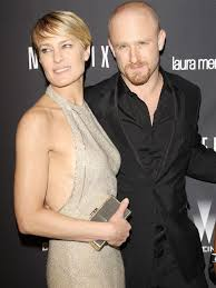 robin wright gets sprinkle of botox