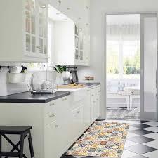 cuisine carreau de ciment tapis motifs carreaux de ciment jaune 100x60cm toodoo tapis