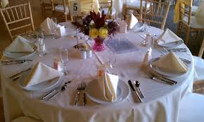 simple table setting simple elegant table setting wedding colors were sangria billion