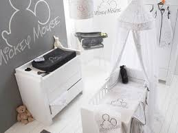 chambre bebe mickey 75 best chambres mickey chambres minnie images on