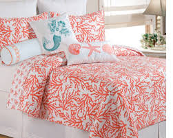 Beach Bedspread Best 20 Coral Bedding Ideas On Pinterest Coral Bedroom Navy