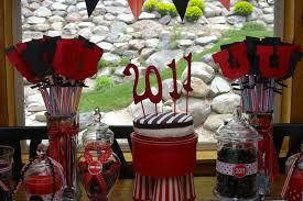 Diy Graduation Centerpieces by Impressive Outdoor Party Decorations For Graduation Along Amazing